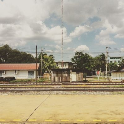 โรงรถ รถไฟไทย รฟท 😚
