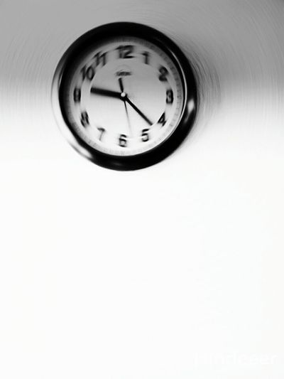 Running out of time Tiktok Watch The Clock Clockporn Quality Time Getting Inspired Enjoying Life Art, Drawing, Creativity Taking Photos Black And White Light And Shadow