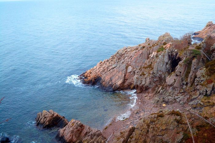 Sea Rock - Object Rock Formation Nature Scenics No People Water Beauty In Nature Cliff Beach Outdoors Horizon Over Water Tranquility Blue Day Wave From Above  Cliffs Cliffside Cliffs And Sea Cliffs And Water Wallpaper Molle Sweden Europe