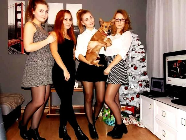FirsteyemphotoChristmastime2015 ❤ Sisters 😚 That's My Beautiful Sisters 💕 Abi ❤ My Little Puppy 💋 Christmas Tree 🎄 White Christmas Tree 🎄 Presents Gifts ❤ 🎁🎄❄⛄🎅
