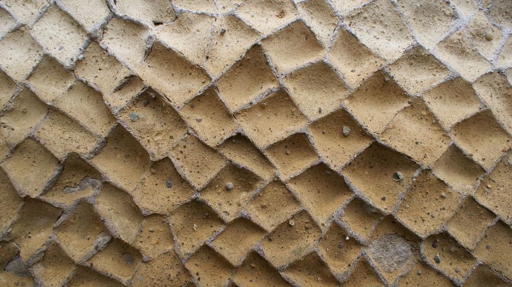 Backgrounds Break The Mold CASA ROMANA Close-up Honeycomb Muro Domestico Roman Roman Wall Román House Textured  Wall