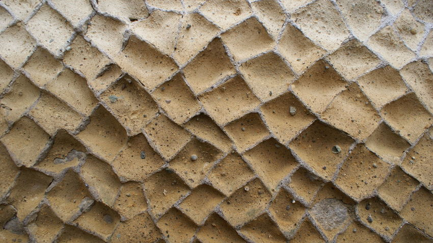 Backgrounds Break The Mold CASA ROMANA Close-up Honeycomb Muro Domestico Roman Roman Wall Román House Textured  Wall