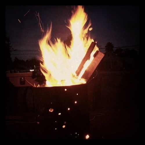 My evening bonfire before work. Awesome Warm Hatetoleave