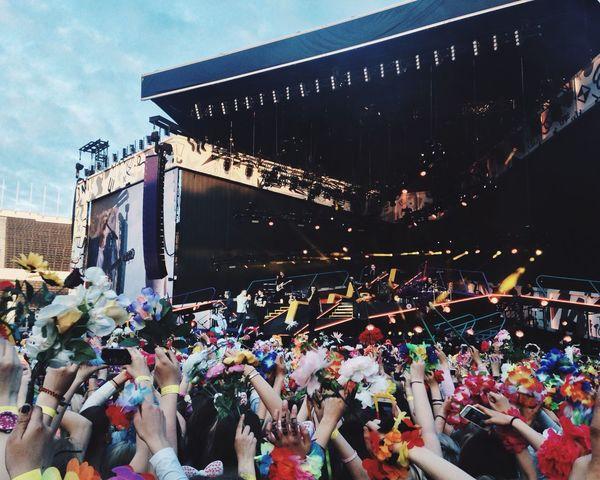 Helsinki Onedirection Olympiastadion Flowers Flowerporn Summer 270715