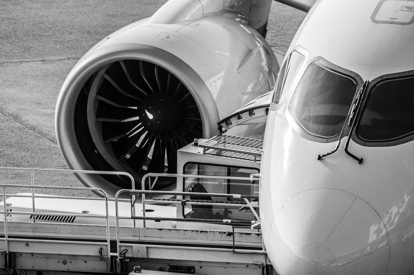 Engine Business Airport Ramp Travel Gate Airplane Aerospace Industry Mode Of Transportation Transportation Air Vehicle Airplane No People Day Airport Land Vehicle Public Transportation Stationary Close-up Metal Engine Glass - Material Car Outdoors