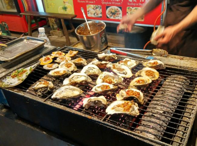 This sure makes you want to eat more and moree Streetfood Delicious Latesnack Snack Time! Chinese Food