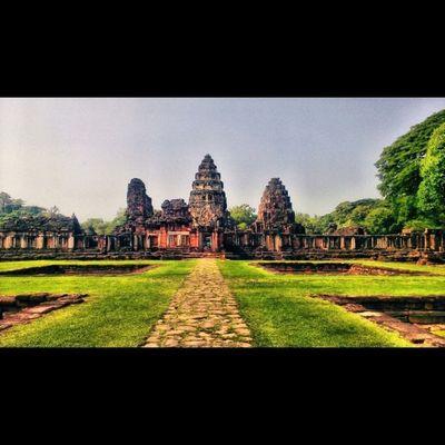 Pimai Historical Park , Korat , Thailand Historicalpark Korat Thailand Stone Castle Cambodian Southeastasia Sunny Beautiful Awesome Shotoftheday Igoftheday Instadaily Vacation Holidays NorthEastern Esarn Seemorethailand Lovelumia
