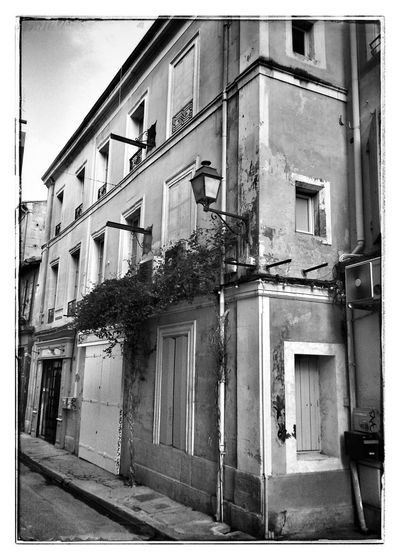Petite rue .. NEM Black&white Blackandwhite Provence On The Road