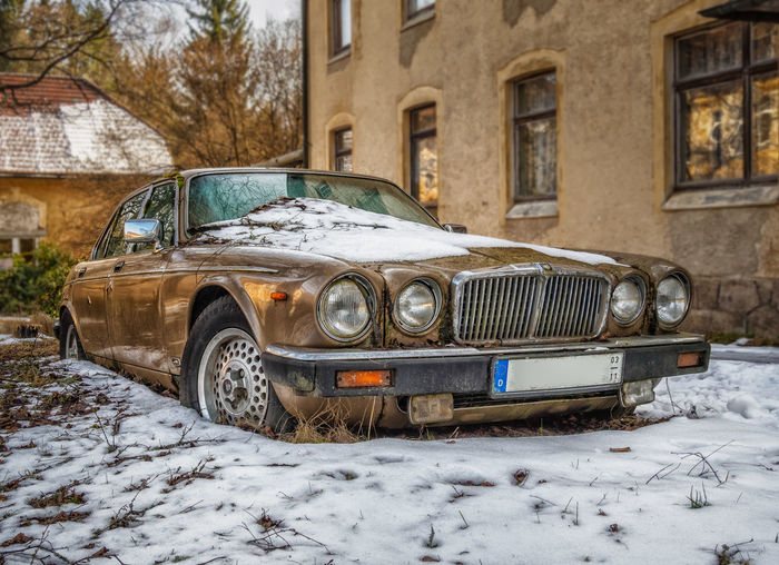 JAGUAR Jaguar XJ Auto Post Production Filter Bronce Car Damaged Day Fahrzeug Land Vehicle Lost Places No People Old Oldtimer Outdoors Rusty Snow Stillgelegt Winter