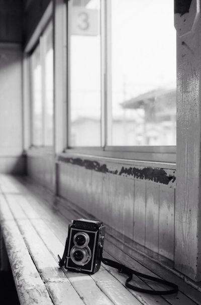 old machine in dream Blackandwhite Bw Camera Filmcamera Station Machine OM1 Neopan Japan 二眼
