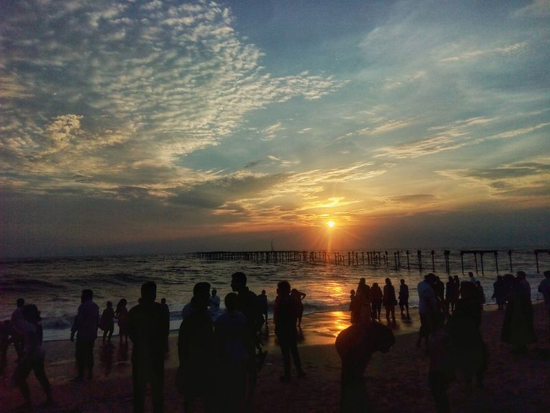 Sunset Sea Beach Water Large Group Of People Silhouette Sky Horizon Over Water Outdoors Men People Nature Nikonphotography D52000 Cloud - Sky