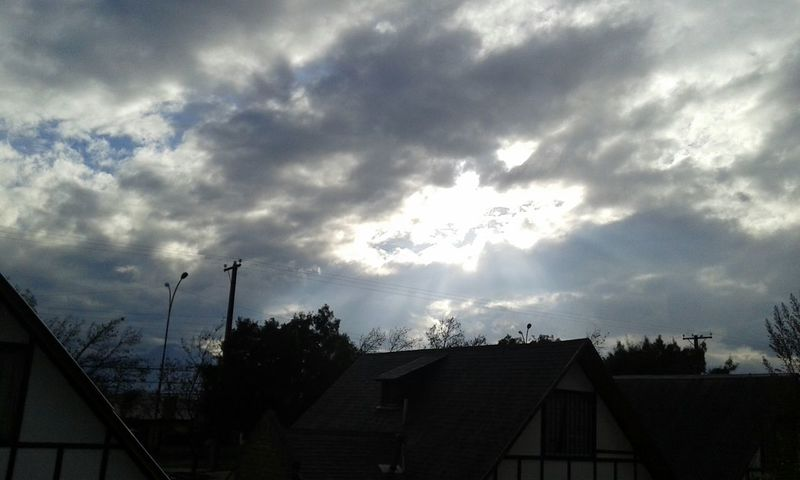 Nice afternoon. C: Hi! Taking Photos Escaping Hello World Sky