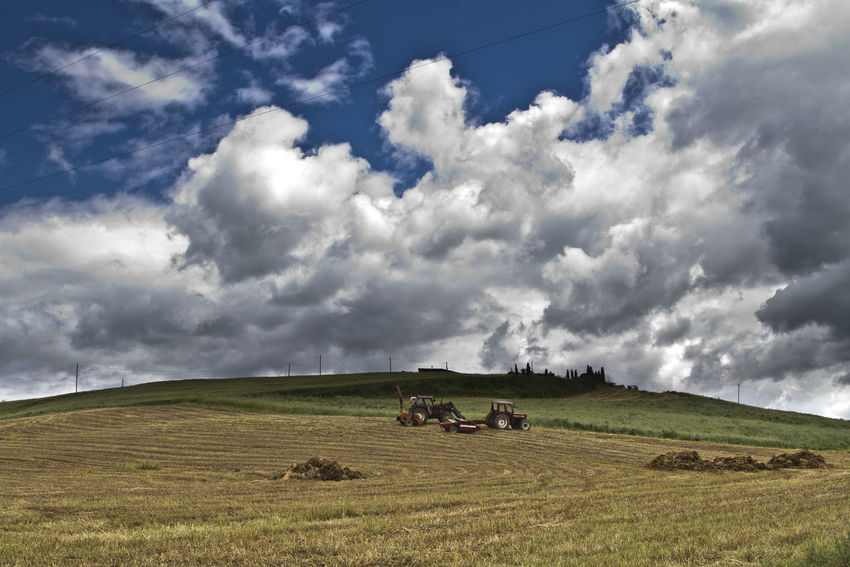 Cloud Cloud - Sky Cloudscape Cloudy Countryside Dramatic Sky Harvester Landscape Moody Sky Outdoors Plow Sky Storm Cloud Val D'orcia Landscapes With WhiteWall Perspectives On Nature