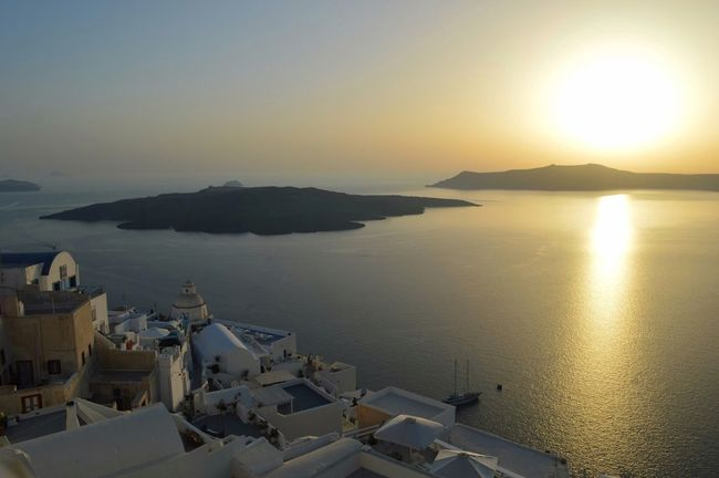 EyeEm New Here ☀ 🎈👻 Vulcano Island Fira Santorini Santorini Sunset Sunset Water Nature No People Scenics High Angle View Beauty In Nature Tranquility Sunlight Horizon Over Water Architecture Clear Sky An Eye For Travel