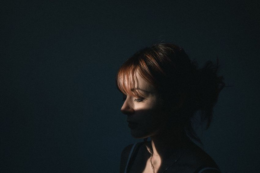One Person Real People Close-up Young Women People Natural Light Light And Shadow Atmosphere Shadows & Lights Atmospheric Mood FujiX100T Fujifilm Woman Portrait Portrait Portrait Of A Woman Portrait Photography Redhead Portraits Portrait Of A Friend Beauty Indoors  Young Adult