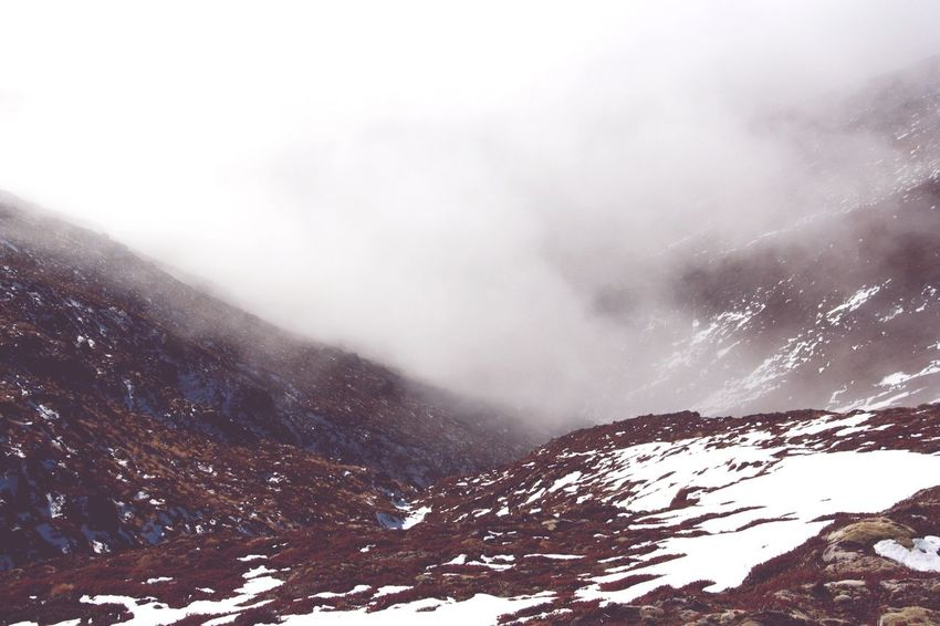 Dreaming Misty Mountains  Tongariro Crossing New Zealand Montainscape Onedaytrip Expedition