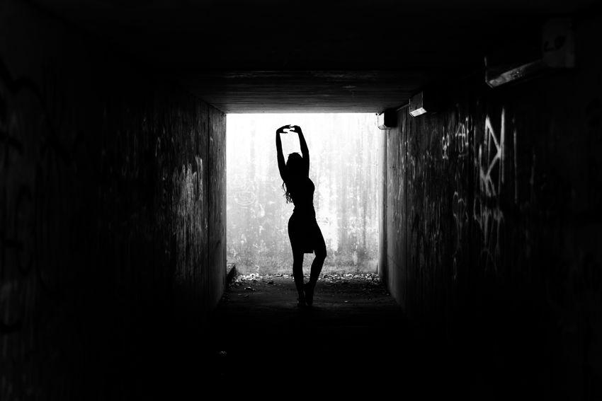 Eye4photography  EyeEm Best Shots Silhouette Blackandwhite Monochrome Darkness And Light Light And Shadow People Portrait Getting Creative The Portraitist - 2016 EyeEm Awards