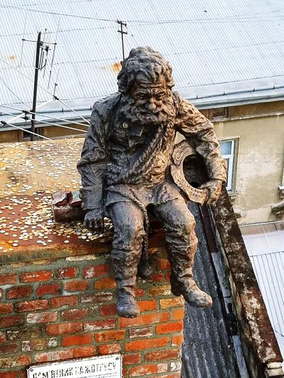 Art And Craft Statue Sculpture No People Iron Work Old City Rustic Charm Chimney Tops Chimnea Chimney Bricks