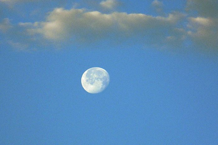 Vollmond Vollmondnacht Moon Shots Sky And Clouds Moonlight Wolkenbilder Monde Wolkenhimmel Moonshine Moon_collection Moon And Clouds Hello World Hobby Photography Lovephotography  Natur Draußen Statt Drinnen Naturephotography Nature_collection Nature Photography Natürlich Nature_perfection