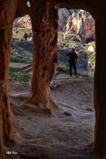 Photographer Travelphotography Rock Formation Nature Full Length Cave Lifestyles Beauty In Nature