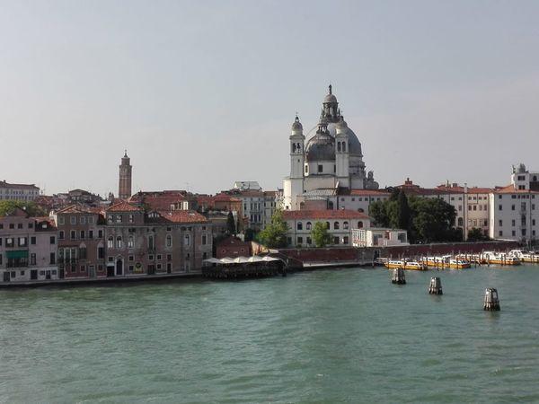 Venecia sin ti. Cityscape Water City Urban Skyline Place Of Worship Nautical Vessel Religion Spirituality Sky Architecture