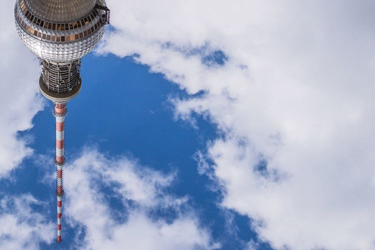Berlin Berlin Mitte TV Tower Tv Tower Berlin Fernsehturm Upside Down Clouds Sky Landmark Germany Copy Space