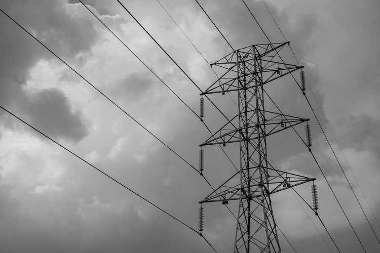 www.adrianosobralfotografias.com.br Cloud Architecture Black And White Built Structure Bw Cable Cloud - Sky Connection Day Electrical Equipment Electricity  Electricity Pylon Fuel And Power Generation Low Angle View Metal No People Outdoors Power Line  Power Supply Sky Tall - High Technology