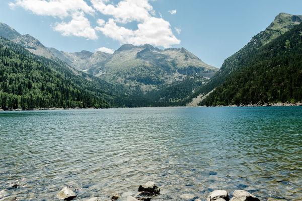 Mountain Range Snow Mountain Beauty In Nature Water Nature Landscape France 🇫🇷 Pyrénnées Reserve Naturelle Neouvielle