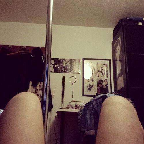 Situpsview Sashagrey Ditavonteese Pole Bedroom