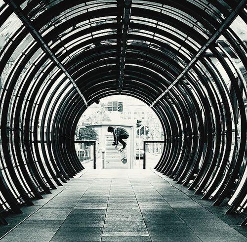 Curitiba Streetphotography Blackandwhite Monochrome Streetphoto_bw EyeEm Best Shots Skateboarding Skateboard Street Architecture