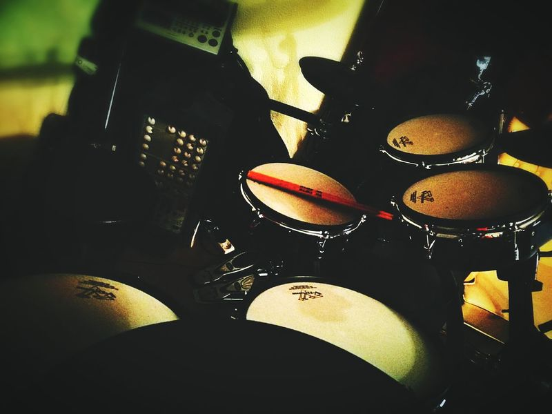 Musical Instrument Music Indoors  Lowlight HuaweiP9 Drum Drummer Contrast HighContrastPhotography Grunge Drums Vdrums Roland Electronic Music Shots Music Dark Darkness And Light