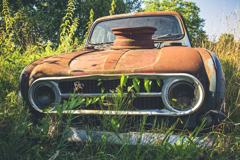 A rusty and old Renault 4 L in an abandoned house in France Renault 4 Renault 4L Abandoned Car Damaged Deterioration Land Land Vehicle Metal Mode Of Transportation Motor Vehicle Nature No People Obsolete Outdoors Plant Renault Rusty Transportation