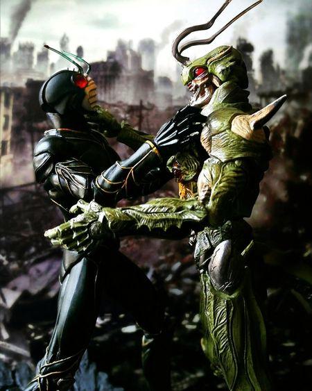 Kamen Rider ZO vs. Neo Organism Doras Toy Photography Super Imaginative Chogokin Showa Era Tamashiinations Action Figures BANDAI Neo Organism Doras Kamen Rider Zo Toys Tokusatsu
