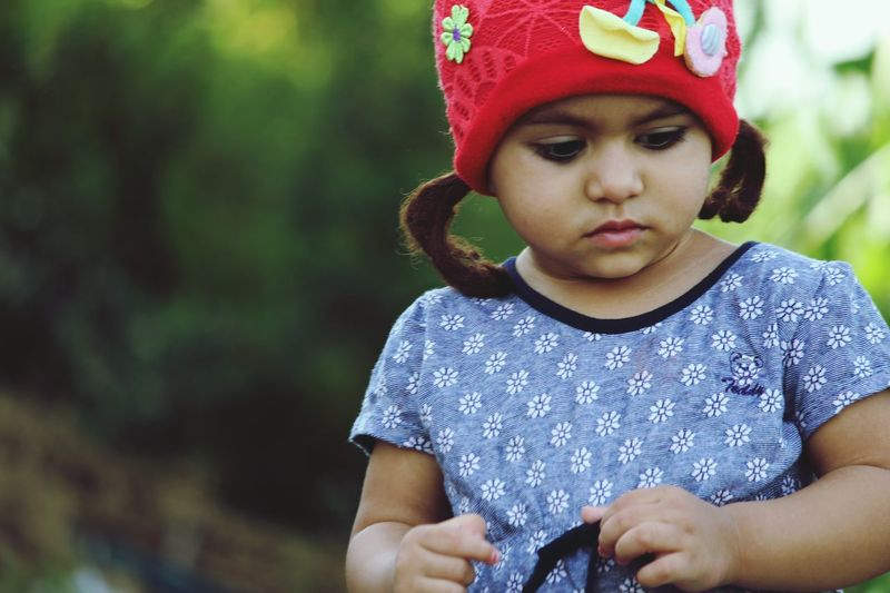 Child Childhood Children Only Girls One Girl Only One Person People Front View Headshot Outdoors Day Portrait Original Cute Girl Cutenessoverload💙💖💙 Small Kid Children Photography EyeEmNewHere The Fashion Photographer - 2018 EyeEm Awards Urban Fashion Jungle