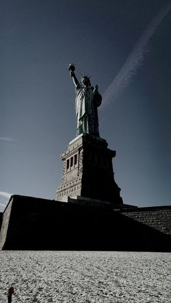 Statue of Liberty, New York Statue Of Liberty New York Traveling Tourist