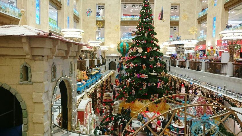 Новогоднее настроение в магазине игрушек Christmas Christmas Tree Christmas Decoration Celebration Event Новый год рождество New Year Kids Toy Store Toys Fairytale  Fairytales & Dreams