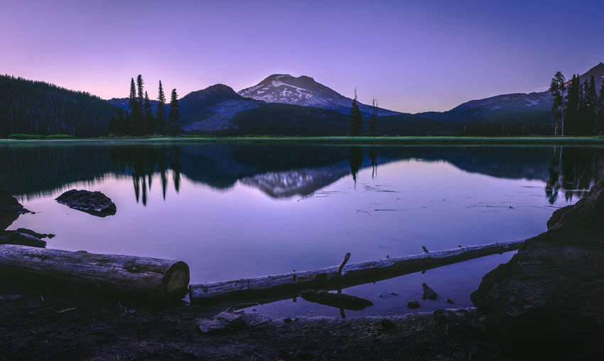 Beautiful Sparks Lake in Central Oregon sunrise tranquility serenity Bend Oregon Landscape_Collection Oregon Beauty In Nature Idyllic Lake Landscape Landscape_photography Mountain Mountain Range Nature No People Non-urban Scene Outdoors Outdoors Photograpghy  Reflection Reflection Lake Scenics - Nature Sky Solid Sparks Lake Standing Water Sunset Symmetry Tranquil Scene Tranquility Water