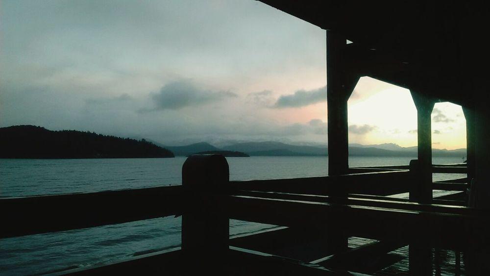 Amanecer Lago Lakeview Winter Sun Patagonia Argentina Bariloche Nahuel Huapi Cielo Y Nubes