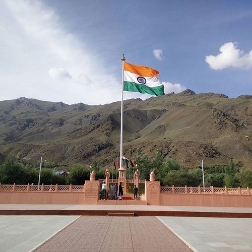 Kargil War Memorial IndianArmy Martyrs Indianflag JaiHind Shaheed Incredibleindia Tricolour Proudindian PicturePerfect Phonography  Picoftheday Indiadiaries Indiapictures Everytimephotos