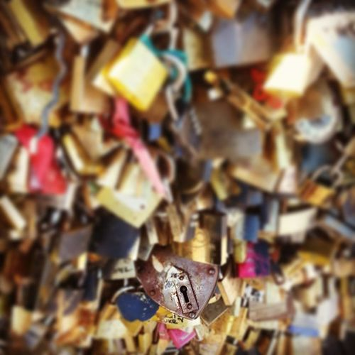 There's a lot of love on this bridge Lovelocks Paris PonddArts