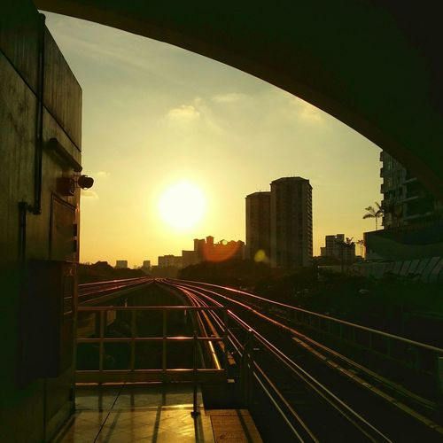Sunset Sunset Vscocam Endoftheday Trainstation Singapore Mrt Singapore Mrt My Commute