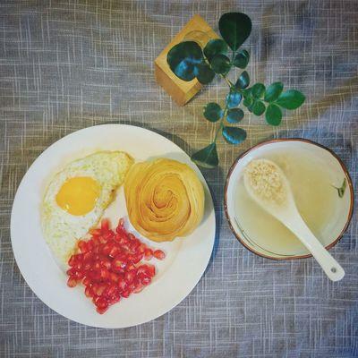 【❤️】石榴真是甜到忧伤😂 春子私房菜 一个人生活 手机摄影 美食 早餐