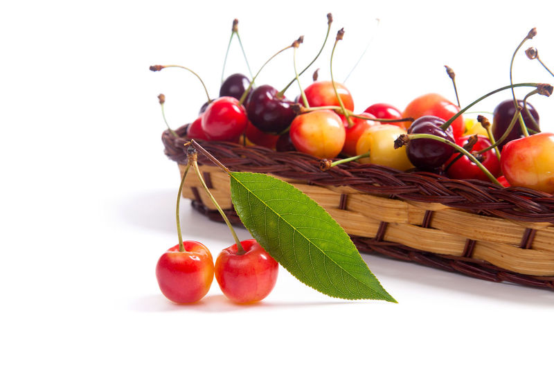 Cherry Close-up Food Food And Drink Freshness Fruit Healthy Eating Indoors  Leaf Nature No People Plant Part Red Ripe Still Life Studio Shot Tomato Vegetable Wellbeing White Background