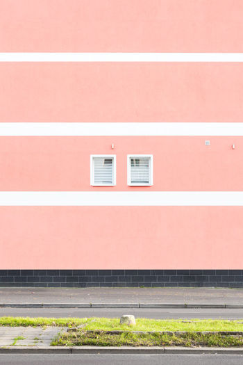 Minimalist Architecture Pastel Power Pink Urban Geometry Architecture Building Exterior Built Structure Day Minimalism No People Outdoors Pastel Repetition Symmetrical Symmetry Colour Your Horizn