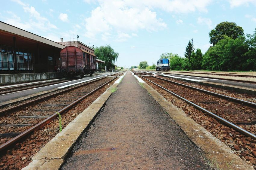 Hidden Gems  Railway Station Canon M10 Gyula
