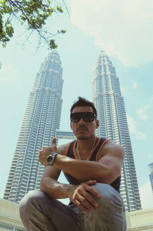 Petronas Tower Malaysia Kualalumpur Traveling Enjoying Life