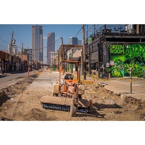 Green Room, Orange Machine Dallas Deepellum Construction