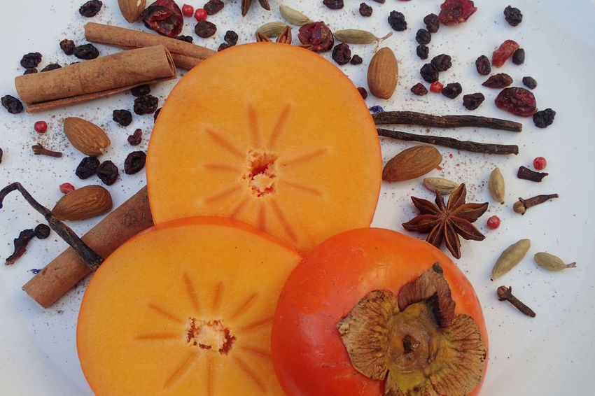 Cinnamon Close-up Clove Food Food And Drink Freshness Fruit Healthy Eating No People Orange Color Persimmon SLICE Star Anise Winter Spice Vanilla Cloves Cardamom Ingredient Christmas Time Anise Cranberry Currants