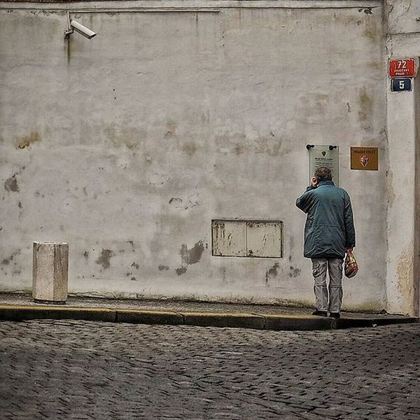 Streetphotography People Cctv Praha Prague Watchman Praha