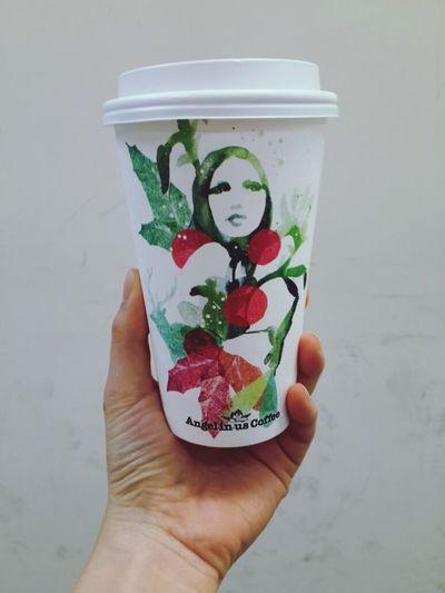 컵이 예쁘니 커피도 배로 맛있더라는>_< New Coffee Cup Angel In Us Coffee Illust Nice!